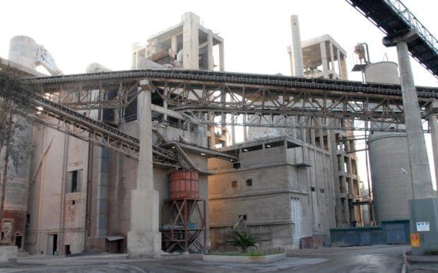 ΥΠΕΝ: Συμφωνία για την Αξιοποίηση Δευτερογενών Καυσίμων της Τσιμεντοβιομηχανίας